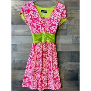 DONNA MORGAN DRESS HOT PINK AND LIKE GREEN SIZE 6